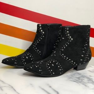 NEW Coconuts by Matisse Delilah studded booties
